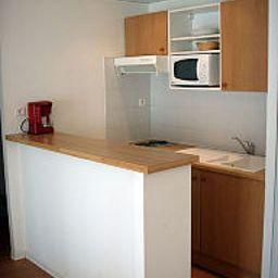 Appart_Hotel_du_Parc_Residence_Hoteliere-Rouffiac-Tolosan-Kitchen-1-214372.jpg