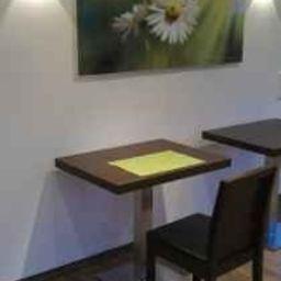 Gasthof_Linden_Wildkraeuterhotel-Windelsbach-Breakfast_room-1-215104.jpg