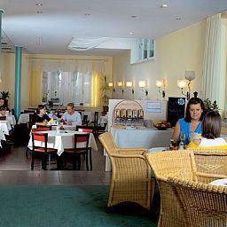 Gruener_Baum_garni-Kaufbeuren-Restaurant-215400.jpg