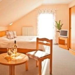 Chambre Weingut Ellernhof Landhotel