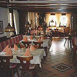 Roessle-Freiberg-Restaurant-3-217022.jpg