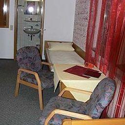 Roessle-Freiberg-Room-217022.jpg