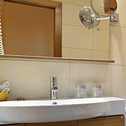 Azul_BCN-Barcelona-Bathroom-217330.jpg