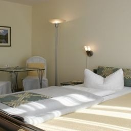Senta_HotelPension-Berlin-Single_room_standard-1-218087.jpg