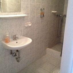 Timon-Budapest-Bathroom-2-219637.jpg