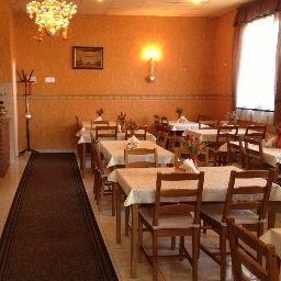 Timon-Budapest-Restaurant-1-219637.jpg
