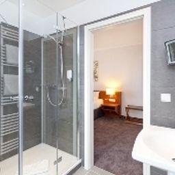 Villa_Belvedere-Binz-Bathroom-2-219656.jpg
