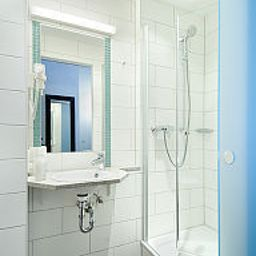 Jaegers_Munich_Hostel_Hotel-Munich-Bathroom-219960.jpg