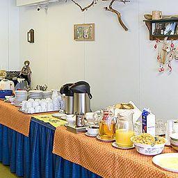 Bufet śniadaniowy Villa Vanessa