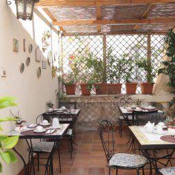Casa_Mia-Siracusa-Breakfast_room-1-220411.jpg