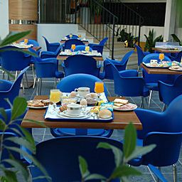 Sala de desayuno Romagna