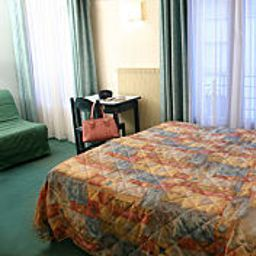 Standard room Printania Paris (Île-de-France)