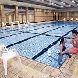 Swimming pool Dong Hu