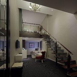 Suite New Century Manju Hotel Luoshan Former: Rhea Lakeview