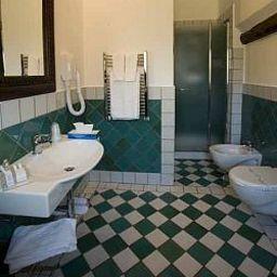 Bathroom Carmine
