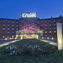 Cruise-Montano_Lucino-Exterior_view-2-222236.jpg
