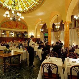 Astra_Vevey-Vevey-Restaurant-3-223471.jpg