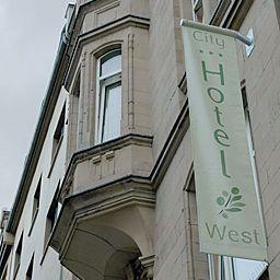 City_Hotel-West-Frankfurt_am_Main-Exterior_view-2-250770.jpg