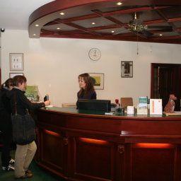 Golf_Course_Bonn-Sankt_Augustin-Hotelhalle-1-251218.jpg