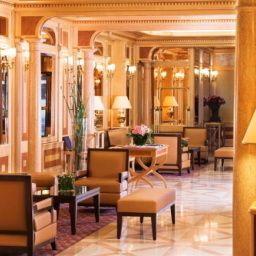 Rochester_Champs-Elysees_Hotel-Paris-Hotelhalle-1-251226.jpg