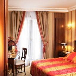 Rochester_Champs-Elysees_Hotel-Paris-Standardzimmer-7-251226.jpg