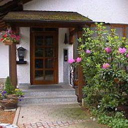 Am_Wald-Ottobrunn-Exterior_view-251348.jpg