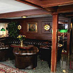 Hotelhalle Admiral Botel Boot-Hotel