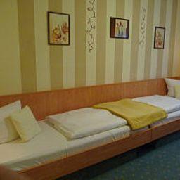 Am_Schlosspark-Wernigerode-Room-1-252199.jpg