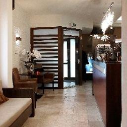 Haus_Fabry_Hotel_Restaurant-Hilden-Reception-252465.jpg
