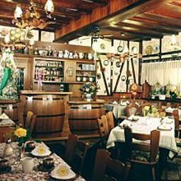 Salle du petit-déjeuner Loreley Gästehaus
