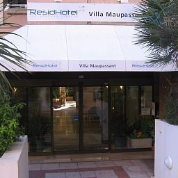 ResidHotel_Villa_Maupassant_Residence_de_Tourisme-Cannes-Exterior_view-1-254555.jpg