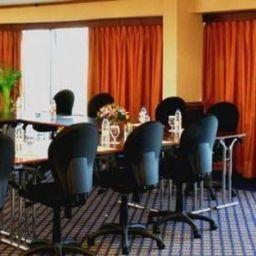 Sala de reuniones Majestic Tower