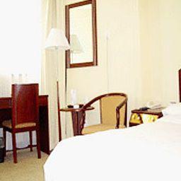 Times_Holiday-Beijing-Room-2-256116.jpg