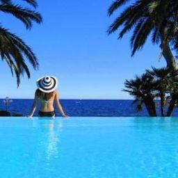 Swimming pool La Villa Mauresque
