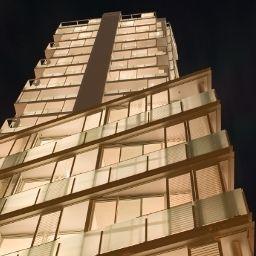 The_Quadrant-Auckland-Hotel_outdoor_area-1-257400.jpg