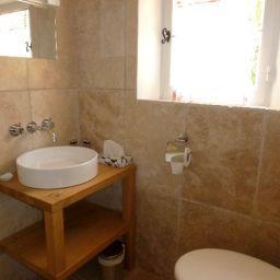 La_Bastide_D_Antoine-Saint-Tropez-Bathroom-257469.jpg