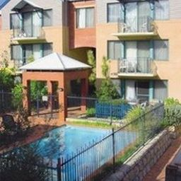 DARBY_PARK_SERVICED_RESIDENCES_SUBIACO-Subiaco-Pool-257674.jpg