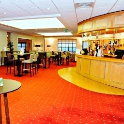 Burleigh_Court-Loughborough-Hotel_bar-2-258847.jpg