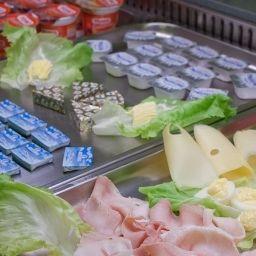 Bufet de desayuno Unaway Hotel Occhiobello