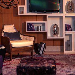 Hall de l'hôtel Renaissance Chicago O'Hare Suites Hotel