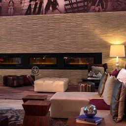 Vestíbulo del hotel Renaissance Chicago O'Hare Suites Hotel