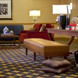 Info Renaissance Chicago O'Hare Suites Hotel