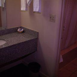 KNIGHTS_INN_HUNTSVILLE-Huntsville-Room-4-370894.jpg