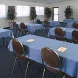 Rodeway_Inn_Maingate-Kissimmee-Conference_room-3-371928.jpg