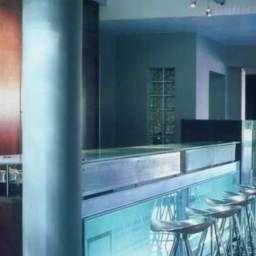 TEN_BOMPAS-Johannesburg-Hotel_bar-374364.jpg