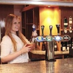 Parkside_International-Reading-Hotel-Bar-374985.jpg