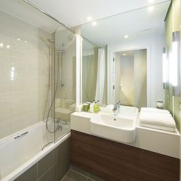 Citadines_Prestige_Holborn_Covent_Garden_London-London-Bathroom-2-378131.jpg