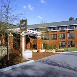 WILLIAMSBURG_WOODLANDS_HOTEL_AND_SUITES-Williamsburg-Exterior_view-8-381059.jpg
