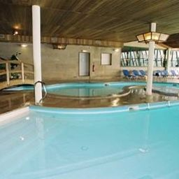 Excellior_Suites_Grand_Geneve-Veigy-Foncenex-Pool-381900.jpg