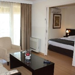Excellior_Suites_Grand_Geneve-Veigy-Foncenex-Room_with_a_view_of_hillsmountains-1-381900.jpg